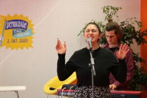 Lienne singt 2